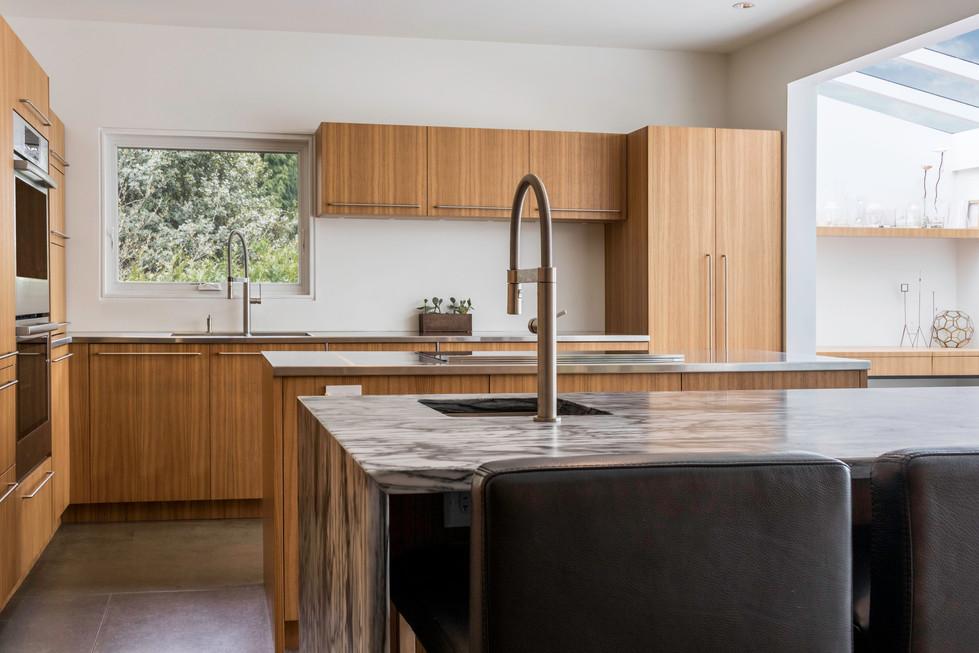 Lucas & Shira Vandenburg_Kitchen.jpg