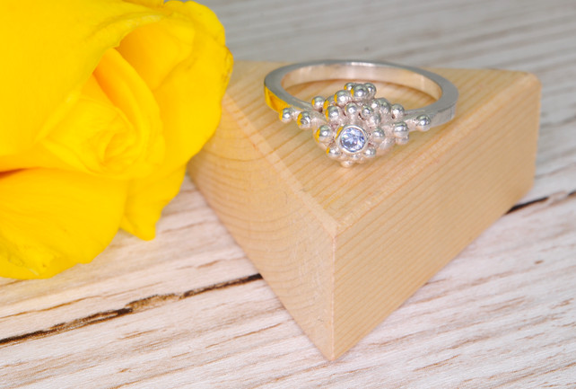 Granulated silver ring with Swarovski Crystal