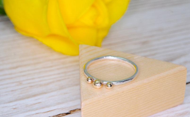 Three Gold Balls Ring