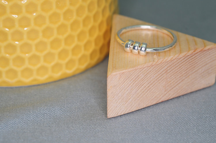 Beaded Silver Fiddle Ring