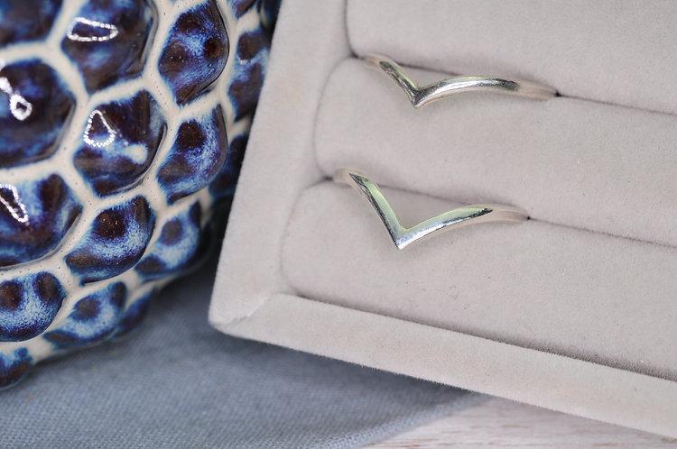 Classic Silver Wishbone Ring
