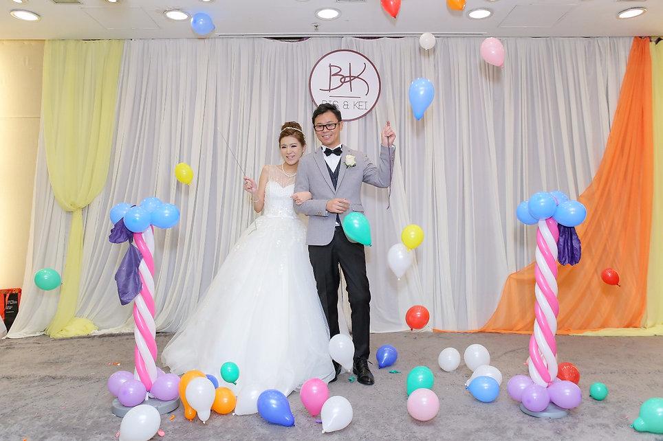 水晶氣球 新人公仔氣球 氣球相框 主題氣球 氣球佈置 氣球優惠 靚靚氣球 波波佈置 飛天氣球 婚宴氣球佈置 進場氣球 心型氣球 wedding balloon balloon decoration
