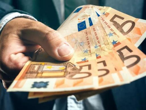 Липсват ви пари в очакване на следващата заплата? Ето как да оптимизирате плащането на сметките си.