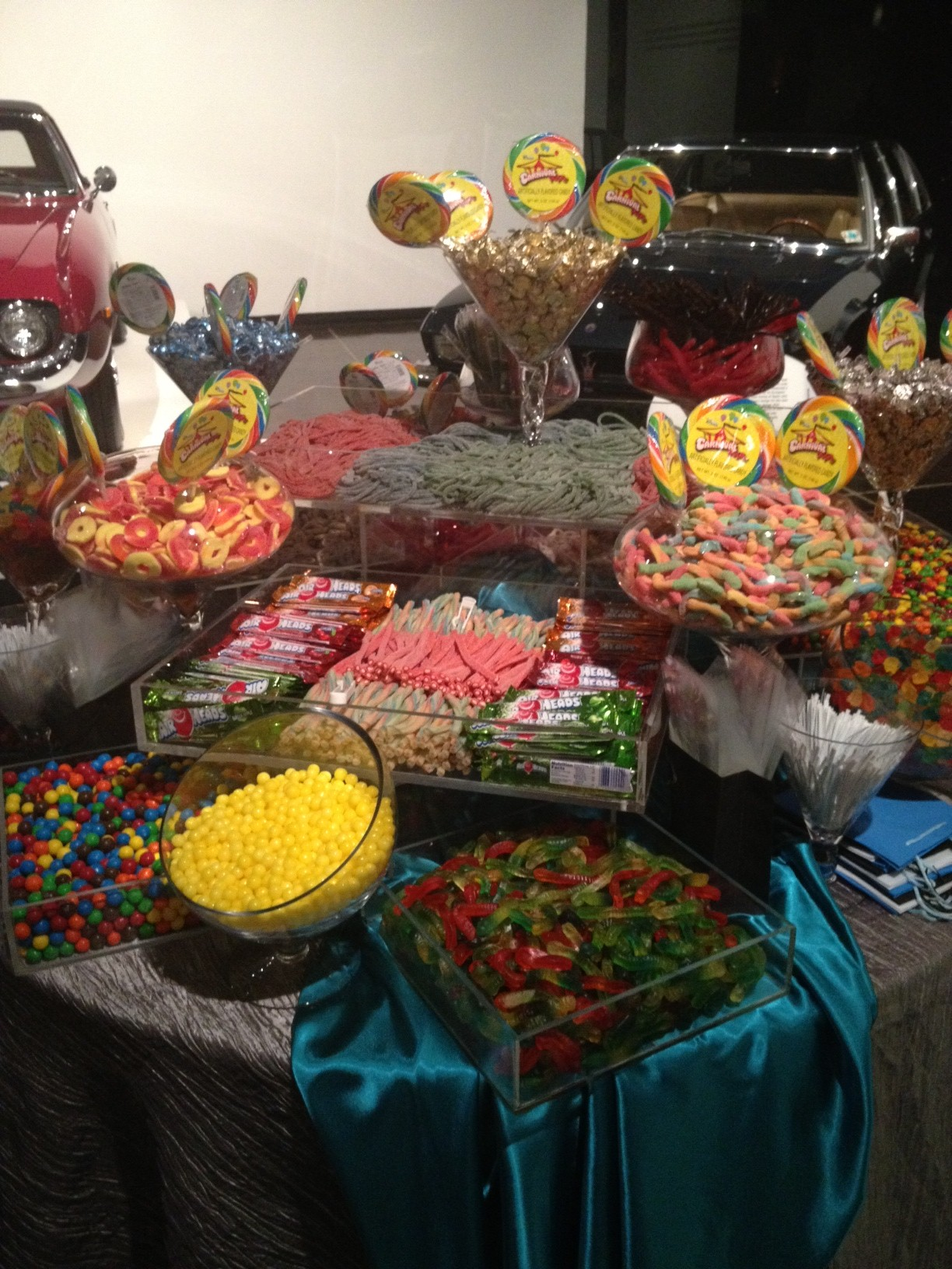 candy table 2.JPG