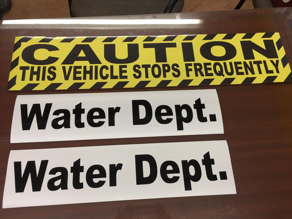 CAUTION WATER DEPT MAGNETIC SIGNS.jpg