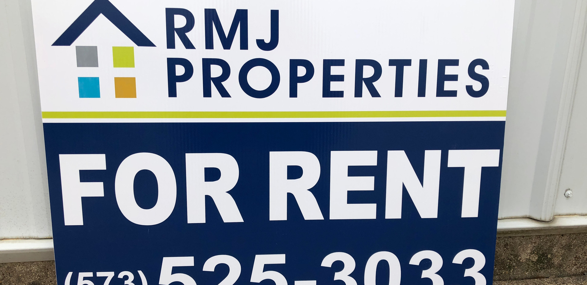 Realestate Yard Sign