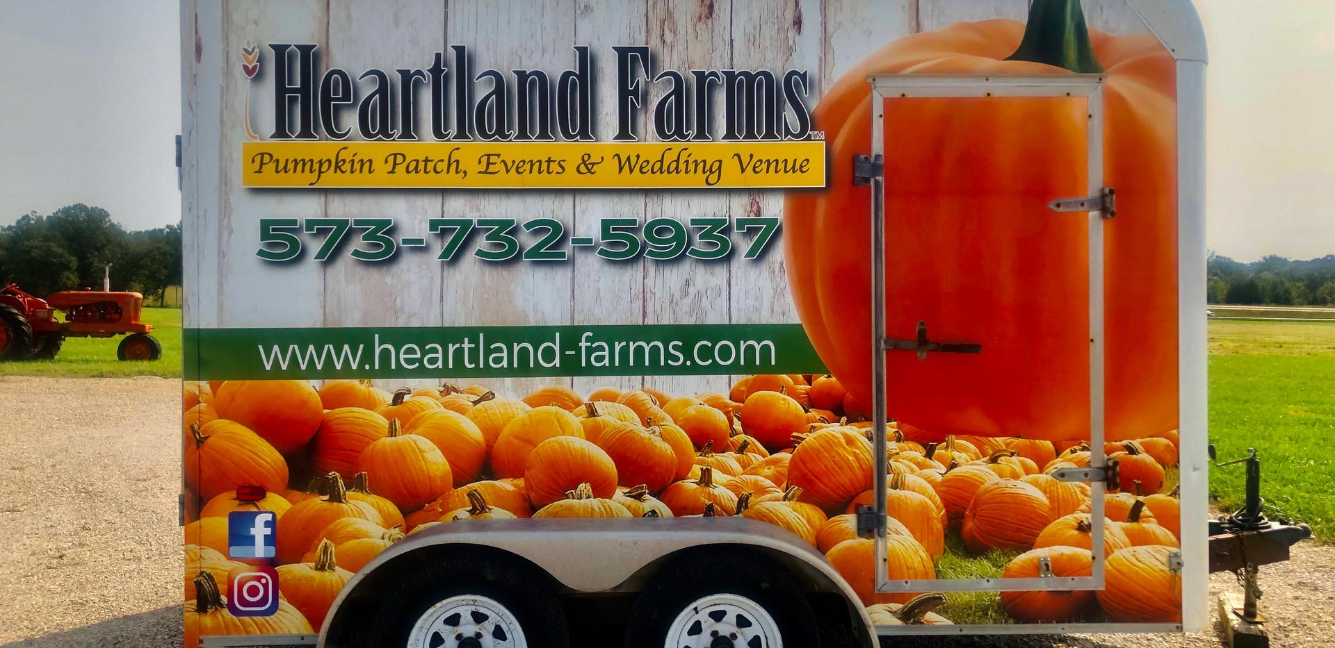 Heartland Trailer Right