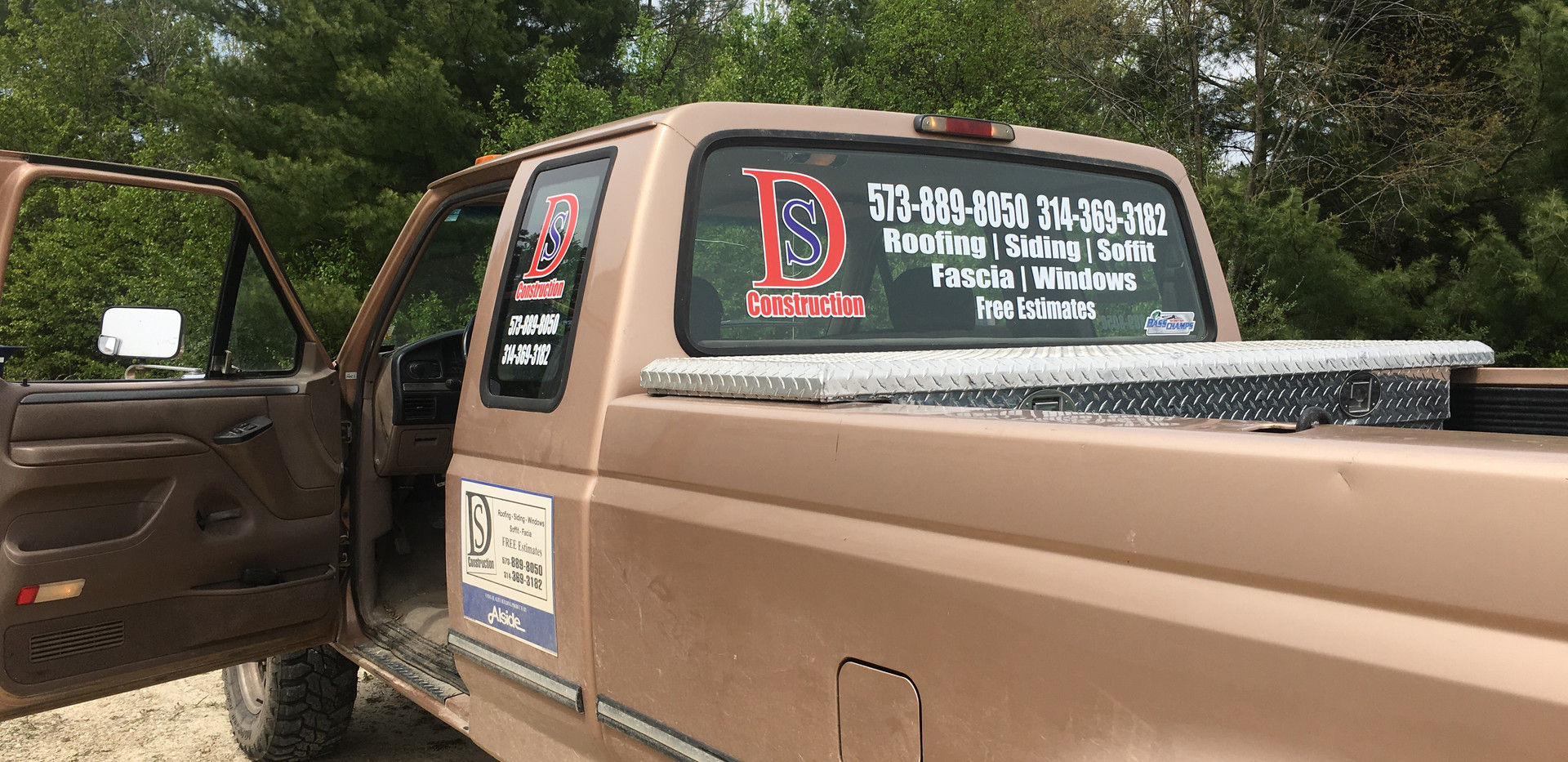 DS Construction Window Graphics
