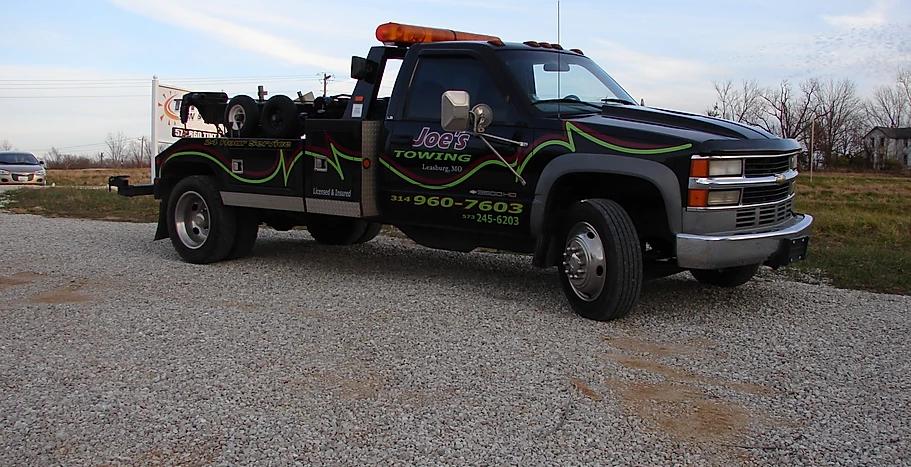 Joe's Towing Truck Wrap