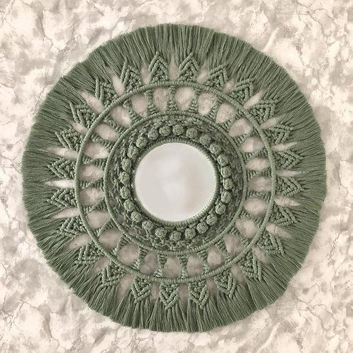 Macramé Mandala met spiegel