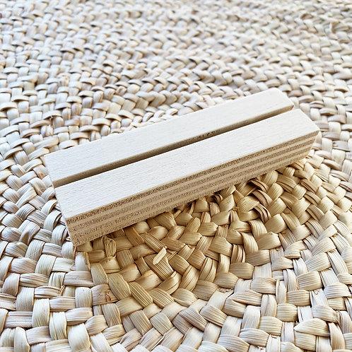 -plotje- houten standaard voor kaart