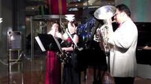ヒルトンホテル トワイライトコンサート クリスマスフェスティバル ヒルトンプラザ東館一階アトリウム