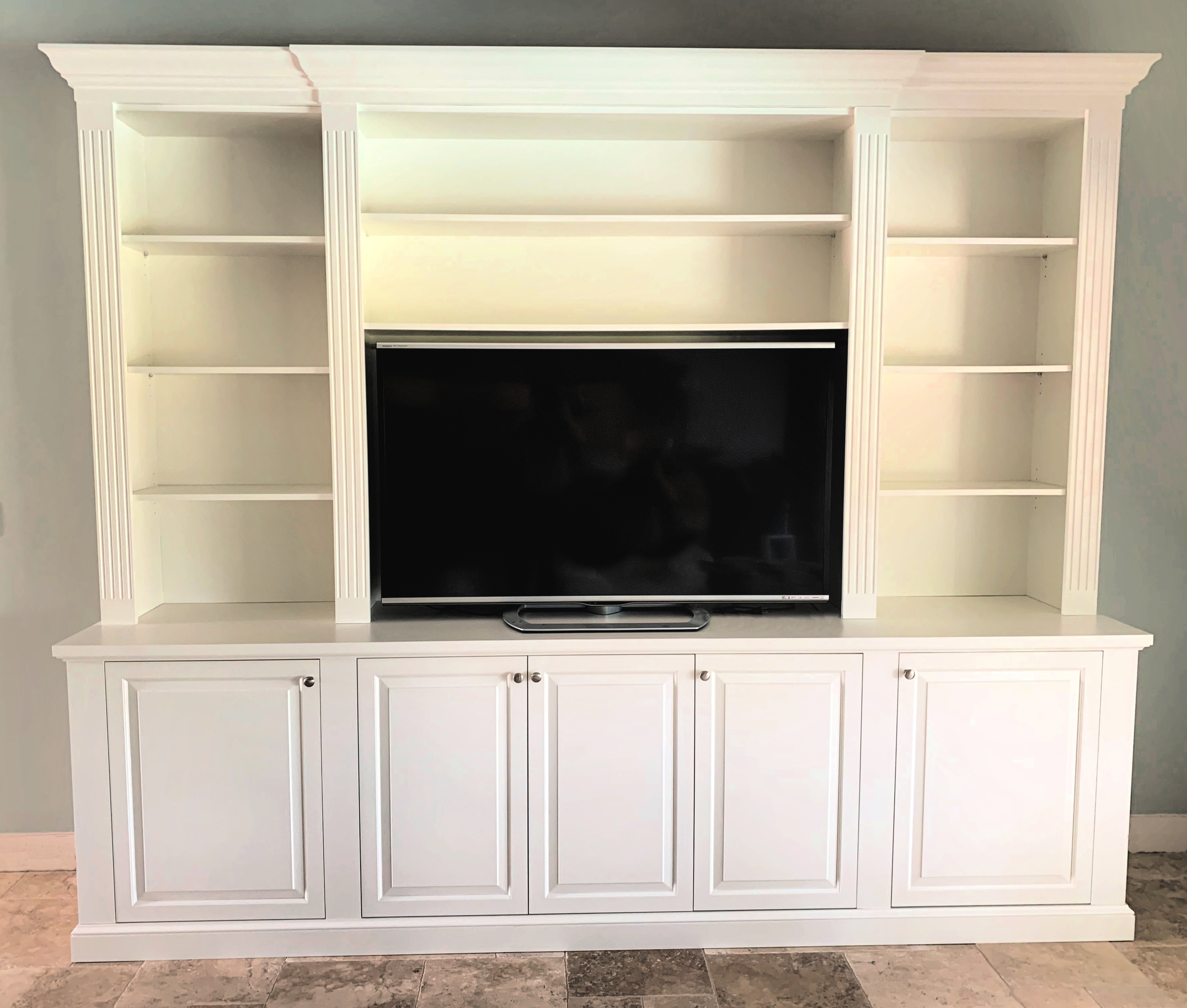 Entertainment Center 2019