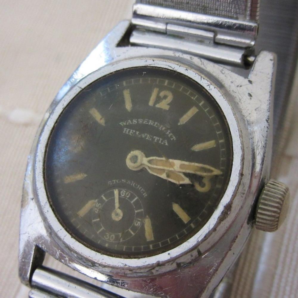 Helvetia 1930s Wasserdicht, Stossicher (Waterproof, Shockproof) Watch