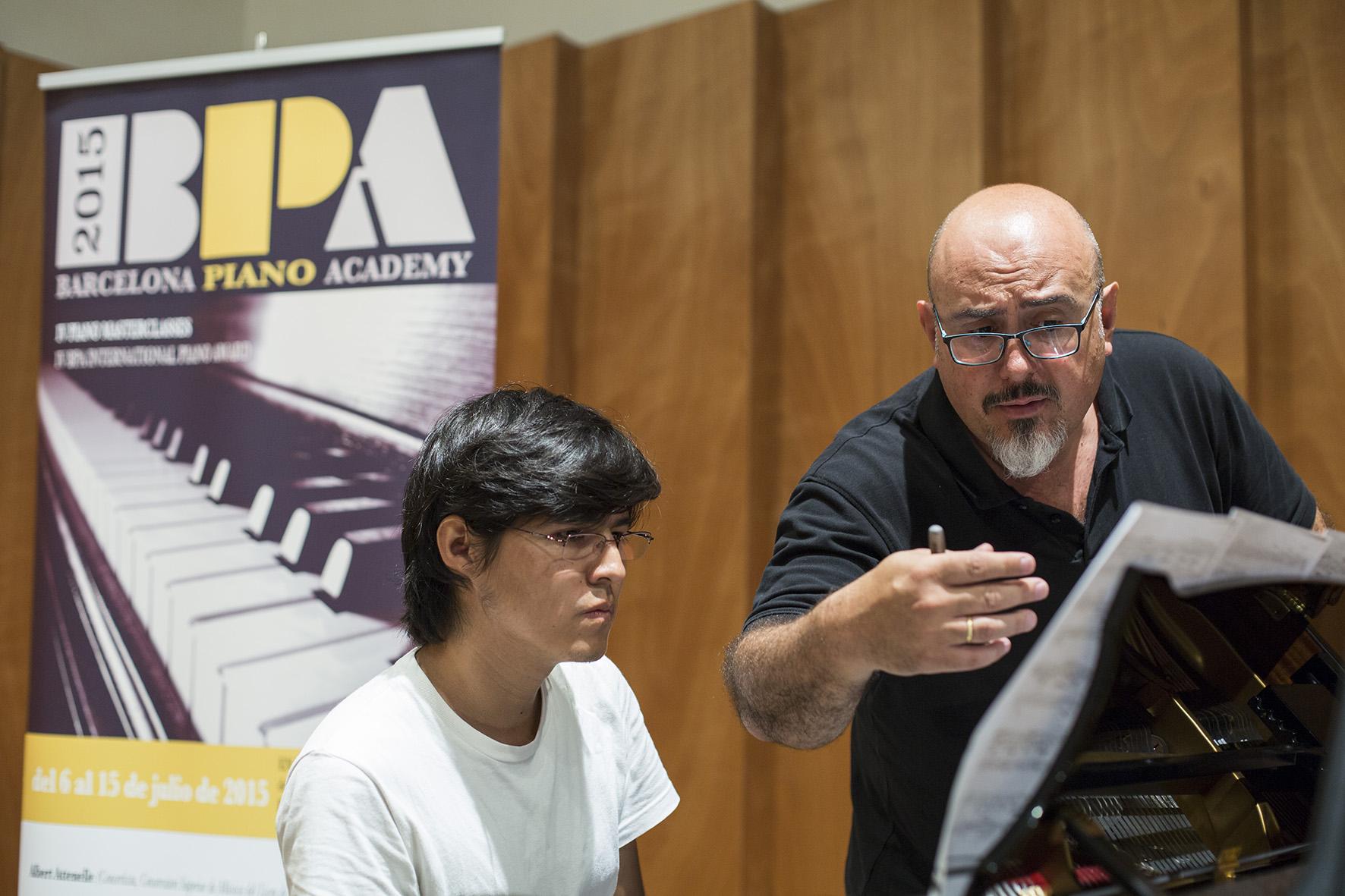 Prof. Antonio Sánchez Lucena