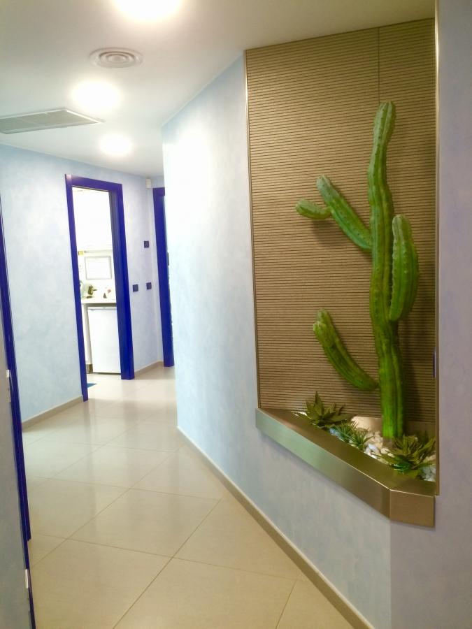Corridoio Studio Odontoiatrico Berri
