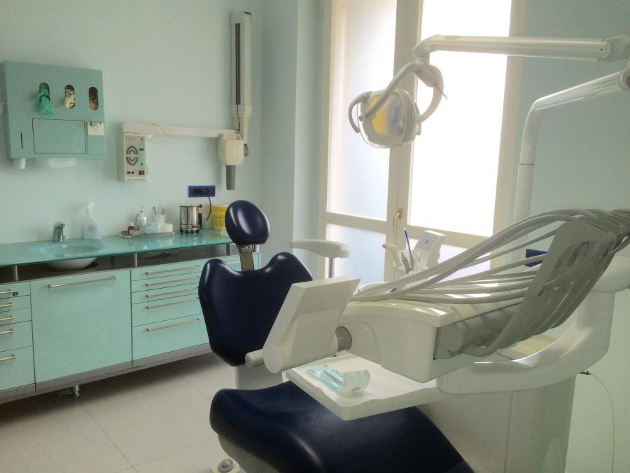 Sala operativa Studio Odontoiatrico Berri900_0_4439738_26810
