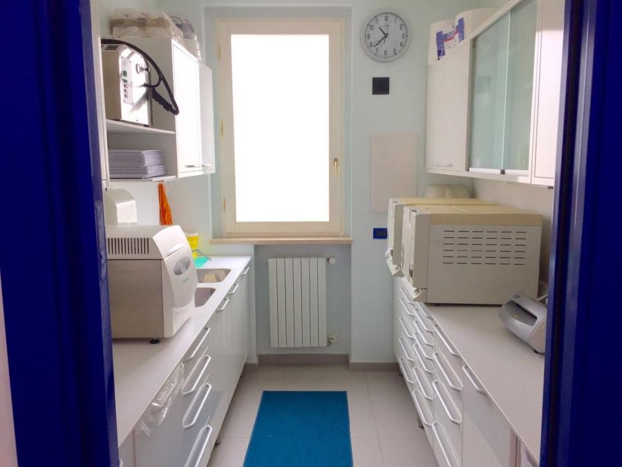 Sala sterilizzazione Studio Odontoiatrico Berri