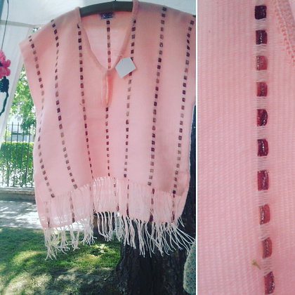 Ponchito tejido a telar con detalle en cinta - La Araña Tejido Artesanal