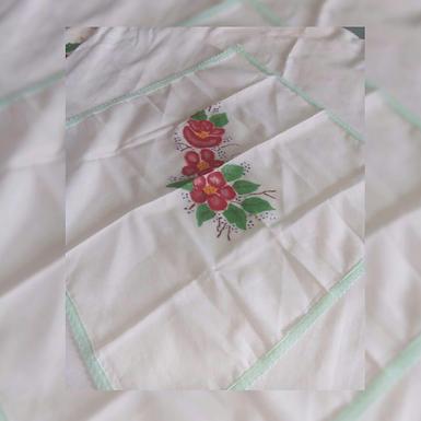 Mantel pequeño - Confecciones Rocío