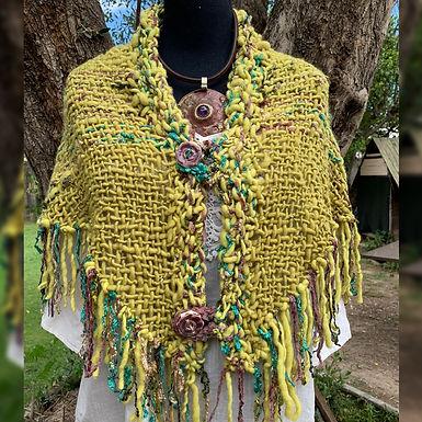 Shall en lanas hiladas y teñido natural - Euge la que teje