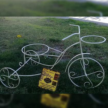 Porta maceta en forma de triciclo - Don Casivar Herrería Artesanal