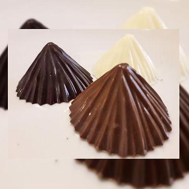 Conos de chocolate - Ama Chocolate Artesanal