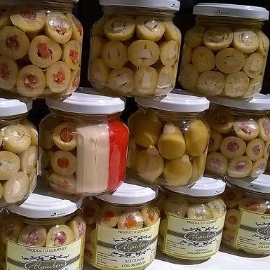 Aceitunas rellenas con alcaucil - Algiuben Gurmet