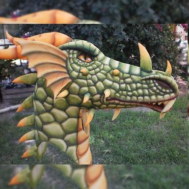 """Cabeza de """"Dragón"""" - El Andén"""