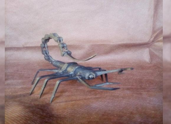 Escorpión - El Curita Gaucho Taller de Artesa