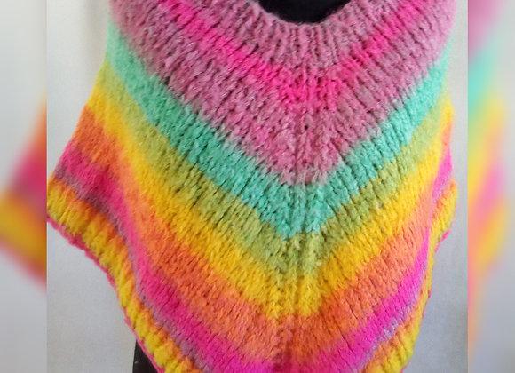 Poncho arcoiris - Loom y Circular