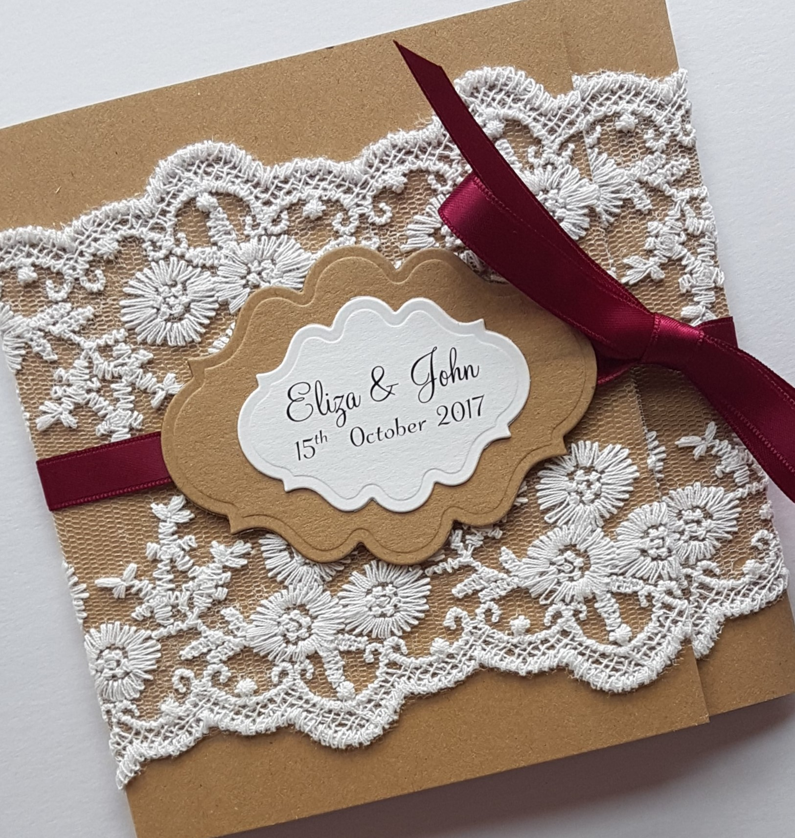 Rustic Lace Wrap-around pocketfold w