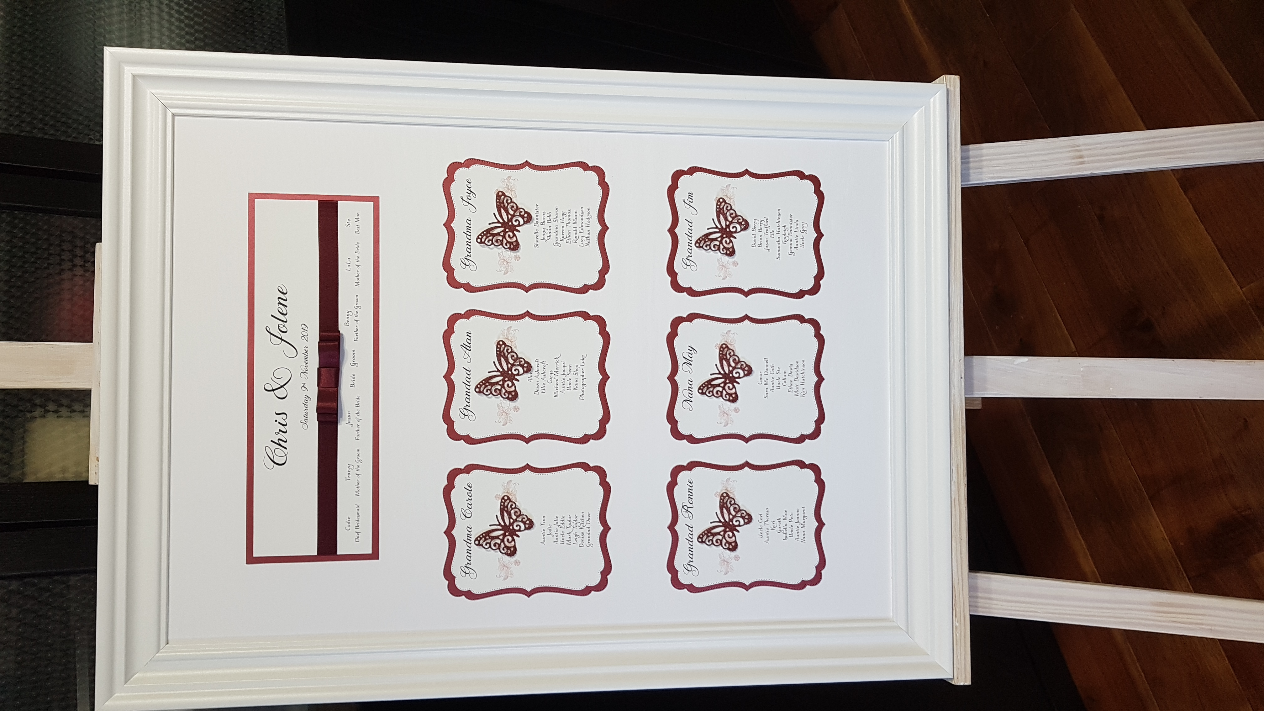 Burgundy and white table plan_butterly t