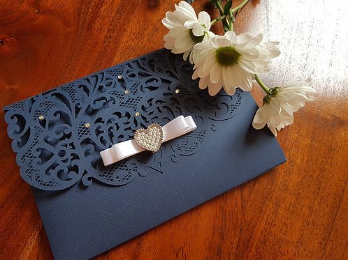 Queen of Heart_Pocketfold laser cut wedding invitation