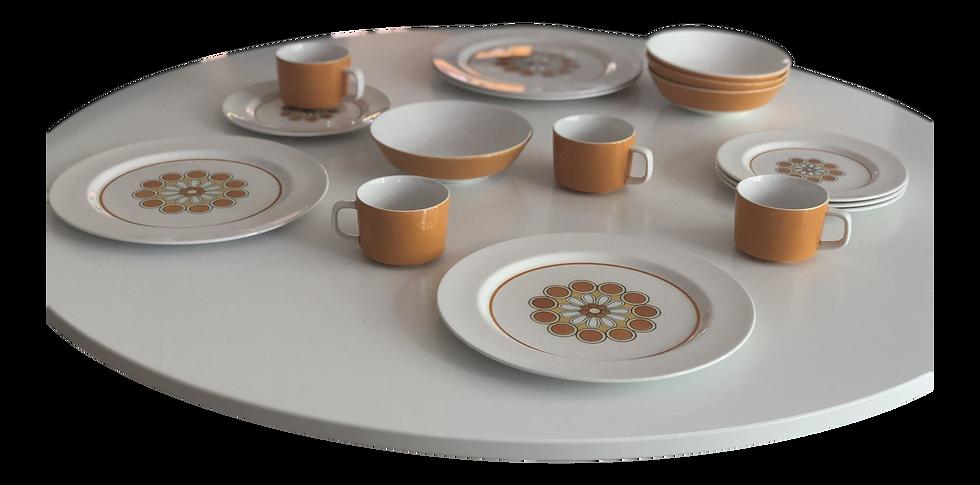 Vintage Mikasa Mediterrania - Set for 4 Dinnerware Dishes - 16 Pcs.
