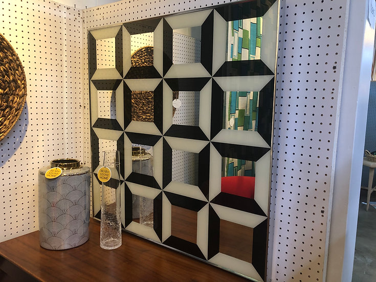 80's Geometric Mirror
