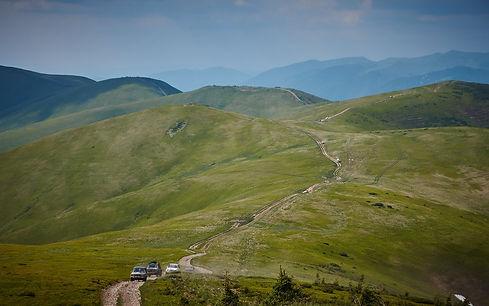 Offroad tracks door de Karpaten.jpg