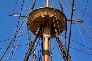 photo of Mayflower II mast against blue sky