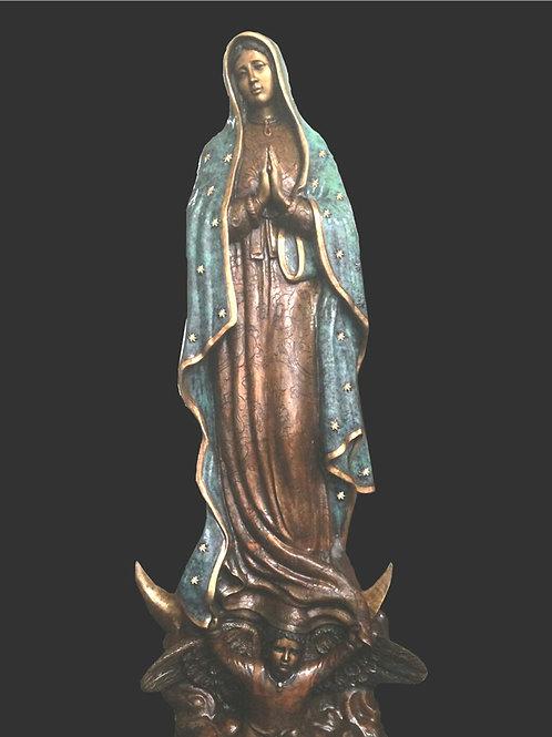 Imagen de bulto Virgen de Guadalupe de bronce, mide 2 m