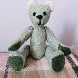 Commission for a baby bear to join the w
