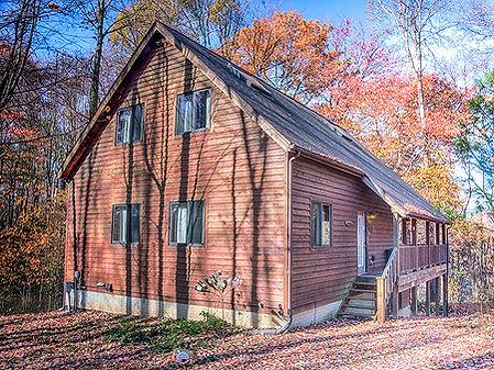 cabin photo.jpg