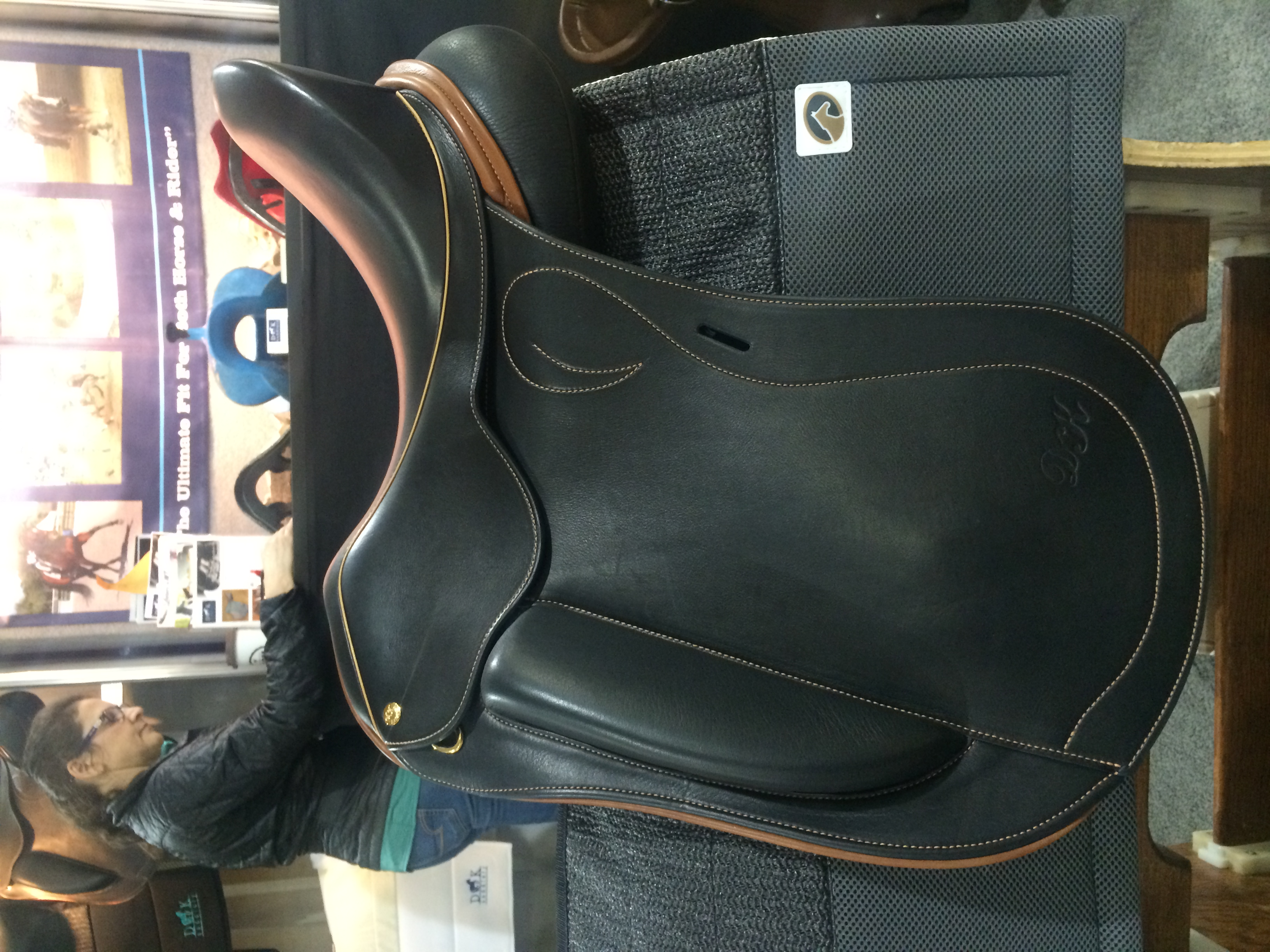 English Saddle Images | DK Home