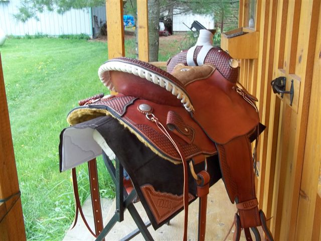 rawhideDK110511 Arlene Gluck barrel saddle 005