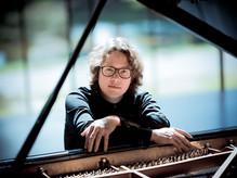 Hannes Minnaar speelt Schubert en Zuidam