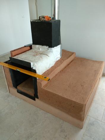 מתהליך הבניה: בידוד קרמי שומר על החום באיזורים הרצויים