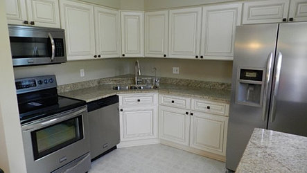 linen kitchen cabinets river run cabinetry available in 2 days 3809