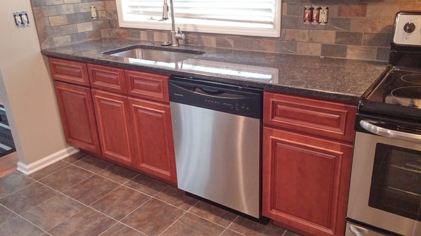 riverrun cabinets river run cabinetry available in 2 days 25588