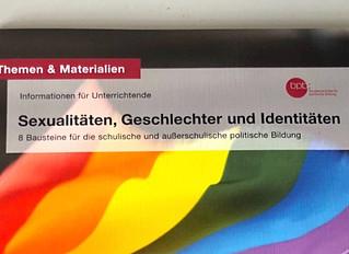 """So blamiert sich die """"Bundeszentrale für politische Bildung"""" mit ihrer neuen Broschüre"""
