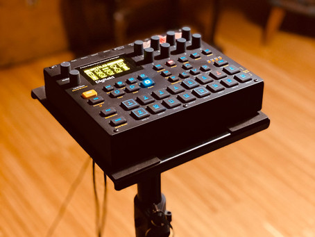The perfect stand for Elektron Digitakt performances