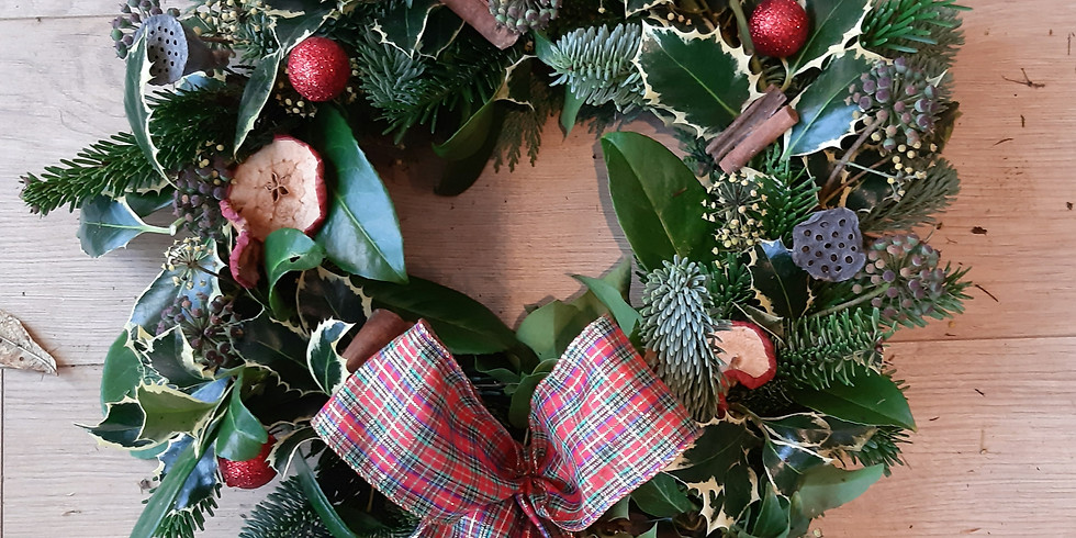 Festive Wreath 4PM